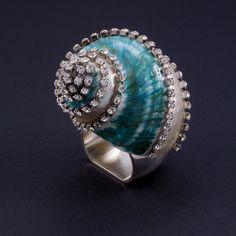 Napkin Rings Featuring Swarovski © Crystals and Banded Jade Turbo Seashell | Set of 4