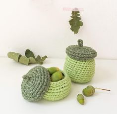 Crocheted acorn cups for small autumn treasures - Wolle, Wolle, Wolle - Handwork Crochet Fall, Halloween Crochet, Crochet Home, Love Crochet, Learn To Crochet, Knit Crochet, Crochet Decoration, Hand Art, Handmade Ornaments