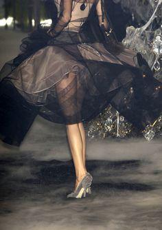glamandvanity:    Christian Dior Haute Couture F/W 2005/06