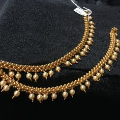 Payal - Thusshi Design with Pearls Gold Anklet, Anklet Jewelry, Bridal Jewelry, Anklets, Antique Jewellery Designs, Gold Earrings Designs, Jewelry Design, Ear Chain, Gold Jewelry Simple