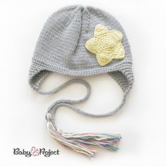 knitted hat with star