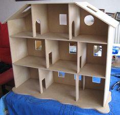 Make a doll house - Barbie Furniture, Cardboard Furniture, Cardboard Crafts, Dollhouse Furniture, Cardboard Dollhouse, Diy Dollhouse, Doll House Plans, Toy House, Barbie Doll House