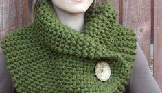 Yeşil örgü bayan örgü boyunluk