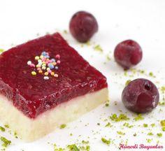 VİŞNE SOSLU YALANCI TAVUK GÖĞSÜ... Havaların ısınması ile birlikte, tatlı denildiğinde artık aklıma sadece dondurma, mozaik pasta, parfe ...