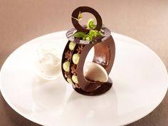 Bijoux de chocolat thé et tonka - Stanislas Durand - Championnat de France du Dessert