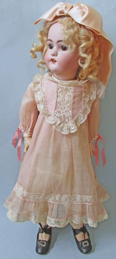 "21"" SIMON HALBIG 1079 - BALL JOINTED - ANTIQUE CLOTHING | eBay"