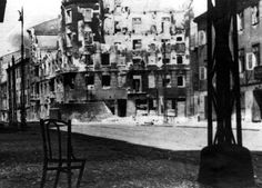 Shelled-out remains of a building that was bombarded during the liquidation of the Warsaw Ghetto. Yad Vashem Photo Archives 2807/96