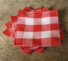 Fabric napkins! Love gingham napkins!