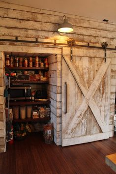 Take a look at these Eleven techniques all relating to Rustic Cabin Kitchens, Log Home Kitchens, Rustic Kitchen Design, Small Log Homes, Log Cabin Homes, Küchen Design, House Design, Door Design, Chair Design