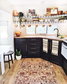 Extraordinary Kitchen Remodeling Planning and Ideas : Interior Design Kitchen 44 Awesome RV Cabinet Makeover Ideas Rv Makeover, Cabinet Makeover, Rv Kitchen Remodel, Rv Cabinets, Black Cabinets, Kitchen Cabinets, Soapstone Kitchen, Kitchen Shelves, Kitchen Countertops