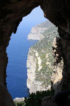visitheworld:    Spectacular view at Dingli Cliffs, Malta (by Allicia Coates).