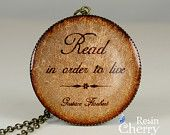 book quote pendant,quote jewelry,resin pendant,pendant charm,So many books,So little time- Q0162CP. $7.50, via Etsy.