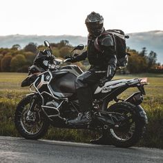 Instagram Bmw Adventure Bike, Gs 1200 Adventure, Super Adventure, Adventure Travel, Adventure Outfit, Adventure Time Princesses, Adventure Time Marceline, Adventure Time Characters, Bmw Motorbikes