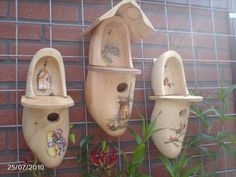 Use Wooden Shoes to build Birdhouses