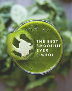 THE BEST SMOOTHIE EVER // The Kitchy Kitchen - this one has me curious, need to try it sometime.