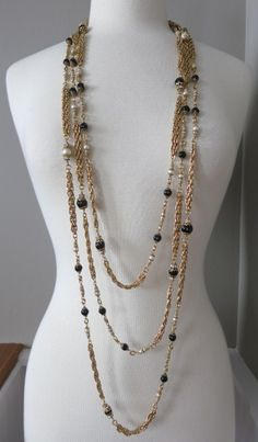 Couture X-long Vintage Chanel 70s Black and White Pearl Necklace
