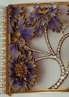 Lalique Cornflowers Dog Collar Plaque: gold/ diamonds/ enamel/ pearls