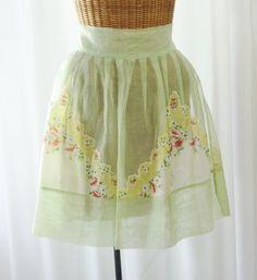 Apron Pale Green Gauze Cotton Pleated Skirt by BonAppetitAntique