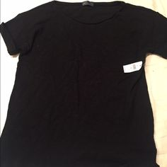 GAP Short Sleeve T-Shirt Love this comfy cuff sleeve t-shirt. It's a must have staple in all closets! Never worn with tags (because I already have 2 of the same shirt ) GAP Tops Tees - Short Sleeve