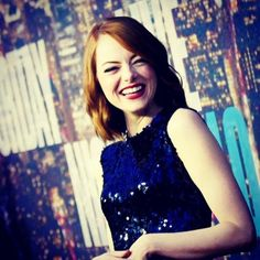 It seems short layered styles are what a lot of the celebrities are changing to. We #LOVE this style. #EmmaStone looked glamorous on the red carpet at #SNL40 anniversary show. #glamorous #redcarpetlooks #celebs #celebritylooks #shorthair #layers #snl40redcarpet #redcarepet #celebrities #saturdaynightlive
