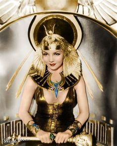 """Claudette Colbert - """"Cleopatra"""" (1934) - Costumes designers : Travis Banton, Ralph Jensen & Mitchell Leisen"""