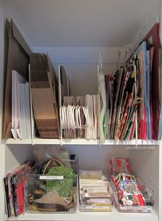 Easy tricks to organize all your crafting and gift wrapping supplies! (take note of the gift bag solution especially). bag organization Organizing A Client's Craftroom & Gift Wrap [VIDEO] Gift Bag Organization, Gift Bag Storage, Diy Storage, Organizing Gift Bags, Storage Organizers, Organizing Tips, Storage Shelves, Storage Baskets, Storage Spaces