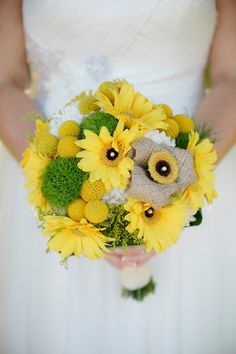 Yellow & Gray Rustic San Diego Wedding - Every Last Detail Rustic Bridal Bouquets, Rustic Wedding Backdrops, Rustic Wedding Flowers, Burlap Flowers, Floral Wedding, Wedding Bouquets, Yellow Rustic Weddings, Yellow Wedding Colors, Yellow Bouquets