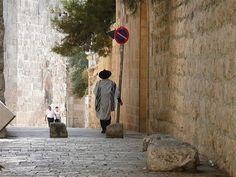 Israel, orthoxer Jude im Gebetsmantel in der Jerusalemer A… | Flickr