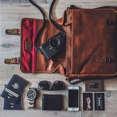 @mickbrandon pairs his Leica M9 with our Berlin II messenger bag, designed in collaboration with Leica.
