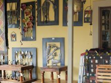 An arts and crafts store in Clarens, Free State. Free State, Where To Go, Craft Stores, South Africa, Gallery Wall, Arts And Crafts, African, Artist, Tourism