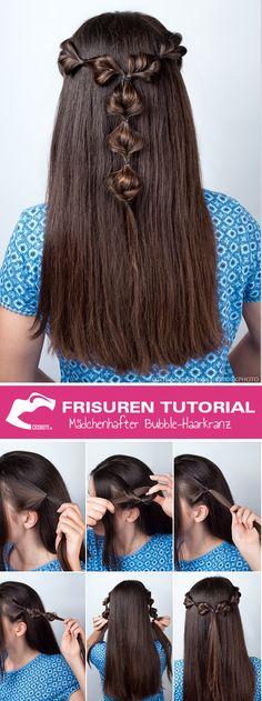 Der Bubble-Haarkranz ist eine tolle Alternative zu Half-Bun und Pferdeschwanz. Wir erklären Dir Schritt für Schritt, wie die mädchenhafte Frisur gestylt wird: http://www.cosmoty.de/magazin/Frisuren-Tutorial-Der-maedchenhafte-Bubble-Haarkranz_2417/