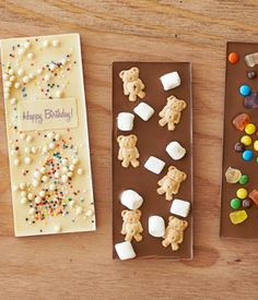 Create your own chocolate bar! You pick the chocolate type and can pick from over 60 additions including gummy bears, marshmallows, teddy grahams and more!