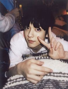 """i lov making hq photos but it wont work for yeonjun everytime ><"" Rapper, Twice Fanart, Polaroid Pictures, Polaroids, Boyfriend Material, K Idols, South Korean Boy Band, Shinee, Monsta X"