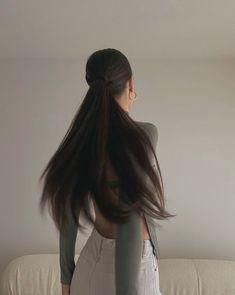Pretty Hairstyles, Straight Hairstyles, Girl Hairstyles, Hair Inspo, Hair Inspiration, Aesthetic Hair, Dream Hair, Dark Hair, Hair Looks
