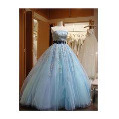 拾い画ですが これ 着たい カタログにもあったけど  ひーろに反対されちーん 着たいの着させてくれ ; ;   なんでも はいはい 言ってくれたら 良いのになー \(-)/ 普段から私の着るものには 結構言ってくる www けど やぱ 着たいのは着たい笑  色んな人のig見て 羨ましがる私笑 #アナ雪ドレス #CD #ドレス #カラードレス by hr.0808.sk