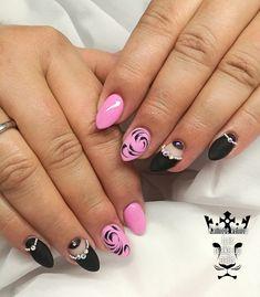 Black and pink special design  #nails #nailart #blackpink #handpaintingdasign #jewellerynails #nailaddict #nail2inspire #nailaholic #nothingisordinary #nailartist #marinaveniou #nailartseminars #trustthexperts #beautymakesmehappy   www.kalliopeveniou.gr