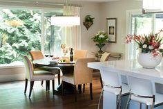 Dining table slider 675 x 450 Design Blogs, Design Projects, Design Ideas, Kitchen Design, Kitchen Ideas, Rustic Chic, House Design, Garden Design, Cool Kitchens