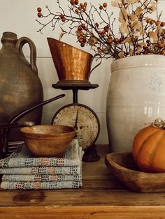 Fall Home Decor, Autumn Home, Fall Kitchen Decor, Autumn Inspiration, Home Decor Inspiration, Decor Ideas, Fall Dishes, Vintage Fall, Christmas In July