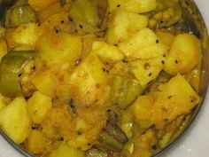 Bengali Recipe: Puja Special (Luchi And Potato,Pumpkin With Parwal Mix Vegetable) Indian Food Recipes, Vegetarian Recipes, Ethnic Recipes, Vegetable Curry, Mixed Vegetables, Clean Eating Recipes, Cauliflower, Spices, Potatoes