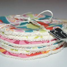 Disques à démaquiller lavables en coton bio imprimé. Kumoandfriends.ALittleMarket.com