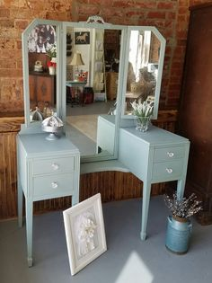 Just Repurposed just used #DixieBellePaint newest color vintage duck egg. All chalk paint is not created equal