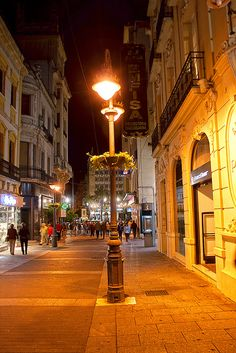 Calle Cruz Conde, de Córdoba,Spain by isaaclitto, via Flickr.