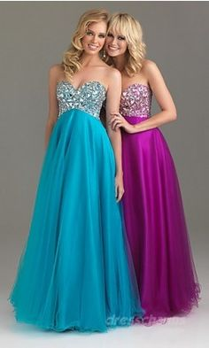 matching dresses really cute and the colours totally match the style. @Avriell Stabile <3