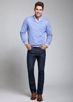 Casual Professional Ways To Style Your Denim For Men 03 Casual Chic Outfits, Jeans Casual, Lässigen Jeans, Outfit Jeans, Style Casual, Navy Jeans, Preppy Casual, Casual Office, Office Style
