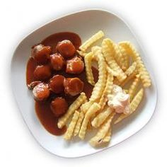 Curry sauce for currywurst - La Donna - Curry Sauce, Dips, Bon Appetit, Barbecue, Waffles, Breakfast, Ethnic Recipes, Food, Dressings