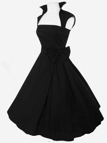 I need this dress! Only thing would be better would be a sweetheart neckline.