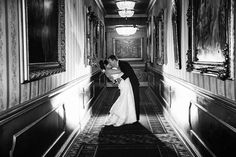 A must-have wedding photo at Leonard's Palazzo!
