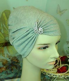 Nuevo Cottonlycra bajo Bufanda chal Hijab chemocap Sombrero Gris Claro Plata Broche