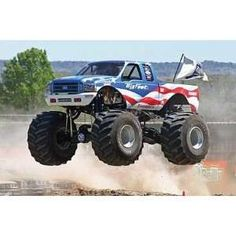 """In the late 1970s, modified pickup trucks were becoming popular and the sports of mud bogging and truck pulling were gaining in popularity. Several truck owners had created lifted trucks to compete in such events, and soon competition to hold the title of """"biggest truck"""" developed. The trucks which garnered the most national attention were Bob Chandler's Bigfoot, Everett Jasmer's USA-1, Fred Shafer and Jack Willman Sr.'s Bear Foot, and Jeff Dane's King Kong. At the time, the largest tires…"""