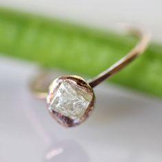 Rose gold & raw diamond